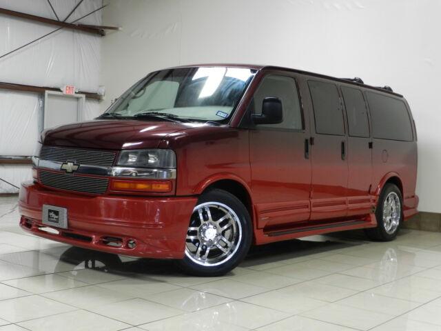 Imagen 1 de Chevrolet Express red