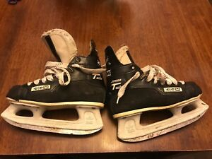 Youth ice skates  ccm size 4 and punching bag