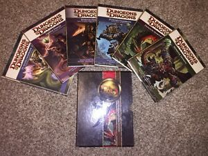 Selling 6 Dungeons and Dragons 4th Edition Books!