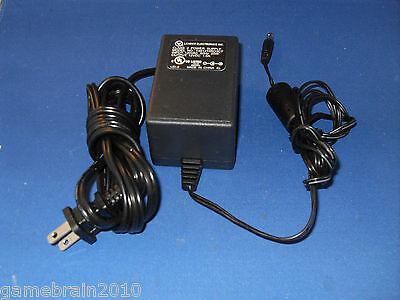 LEI model: T481210RO3CT, 12VDC == 1.0A - AC ADAPTER!!