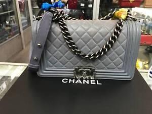 6154a1d9d90b Chanel Boy Flap Bag Quilted Lambskin Medium Authentic Handbag ...