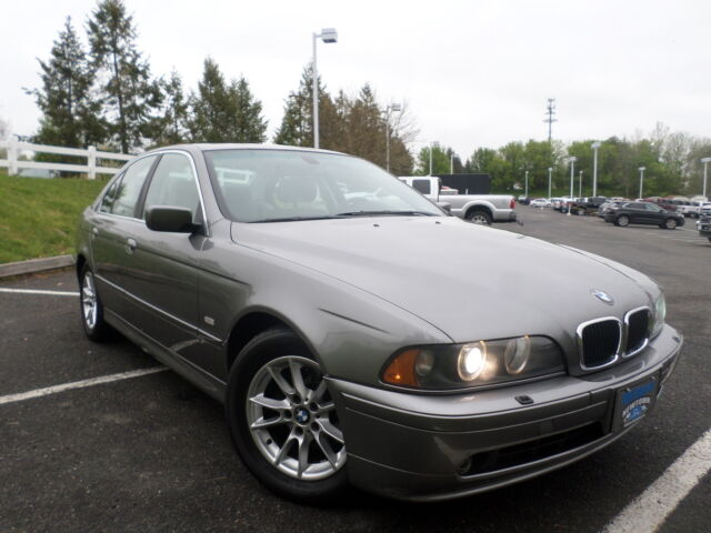 Image 1 of BMW: 5-Series 525i 4-door…
