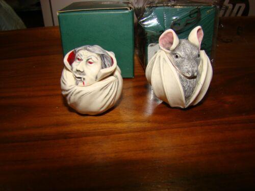 Rare Harmony Kingdom Hallowfest Event FANG & BELA Roly Poly Box Figurine Pair