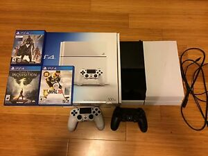 Plastation 4 PS4 with 2TB hard drive and 3 games