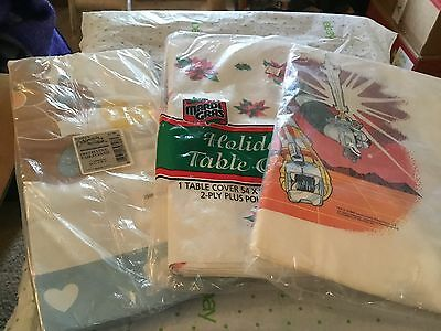 Paper Table Cloths (paper table cloths and napkins)