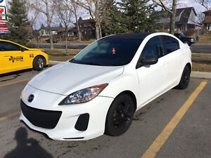 2012 Mazda 3 • 128km NEED GONE!!