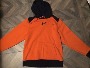 MENS MED UNDER ARMOUR SWEATER