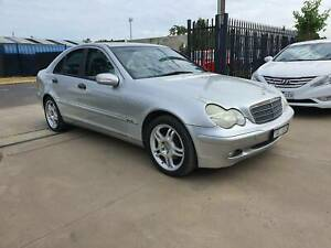 2002 Mercedes-Benz C200 KOMPRESSOR CLASSIC Sedan AUTO LOW KMS Williamstown North Hobsons Bay Area Preview