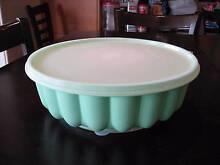 Retro/Vintage Tupperware large JEL-N-SERVE jelly mould - green Haberfield Ashfield Area Preview
