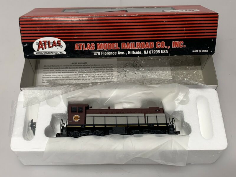 Atlas No. 8815 S-1 Locomotive Chicago Great Western CGW #12 - HO Gauge