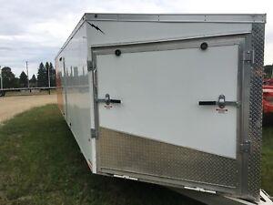 Lightning 4 place sled trailer