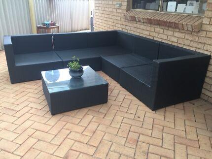 Segals modular lounge set