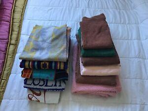 4 serviettes de plage et 7 grandes serviettes