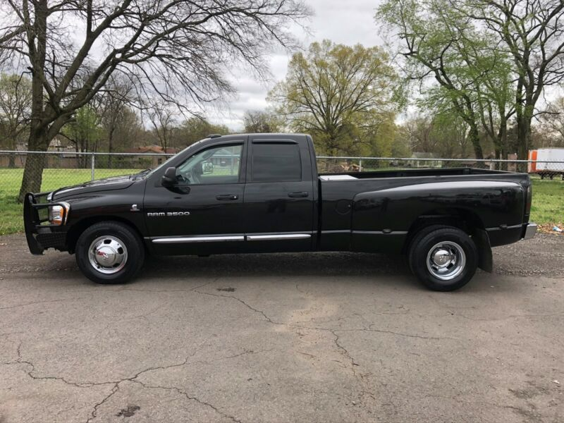 Image 1 Voiture American used Dodge Ram 3500 2006
