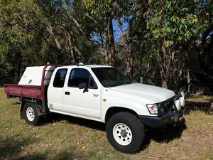 2001 Toyota Hilux (4x4) 5 Sp Manual 4x4 C/chas