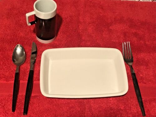 Vintage Braniff International Airlines Complete Place Setting Cup Flatware Dish