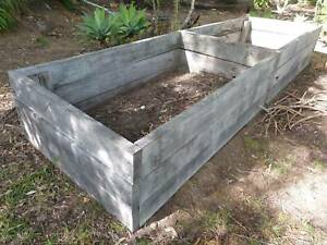 PENDING COLLECTION raised garden bed, wood  untreated pine