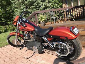 2011 Harley Davidson wide glide dyna