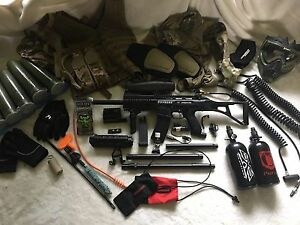 Tippmann X7 Phenom Paintball Gun and Equipment / Gear