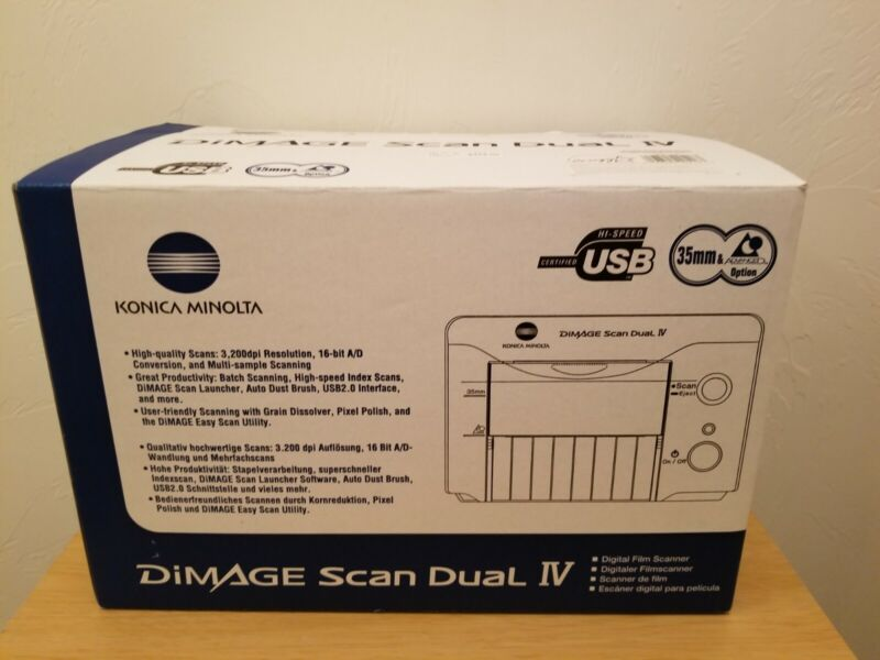 Minolta Dimage Scan Dual IV 35mm Film and Slide Scanner Used in Original Box