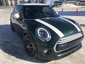2014 Mini Cooper Absolutely Mint Condition