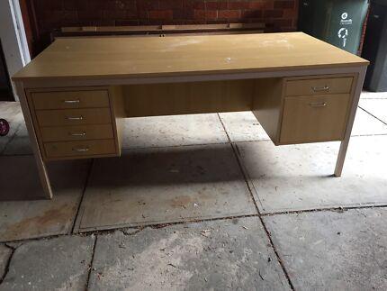 Desk Fair Condition W900 x L1800 Carlton Kogarah Area Preview