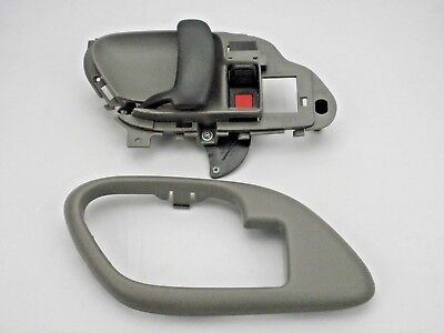 GRAY DOOR HANDLE & BEZEL INSIDE Left 95-99 Silverado Suburban Tahoe Yukon Sierra