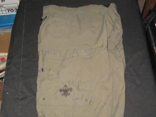 Boy Scout Shorts, Adult x-small, waist 26-30, 411E