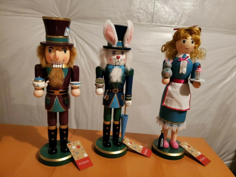 NEW ALICE IN WONDERLAND Set of 3 NUTCRACKERS Alice White Rabbit Mad Hatter Tags