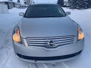 2007 Nissan Altima in immaculate condition