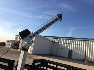 Double axel trailer with adjustable crane price drop!