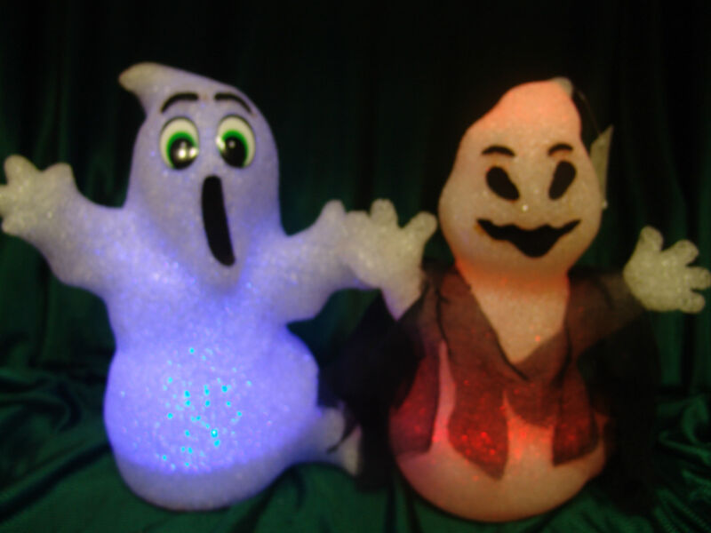 2 HALLOWEEN LIGHTED HAPPY GHOST 12 INCHES TALL DISPLAY HALLOWEEN PROP