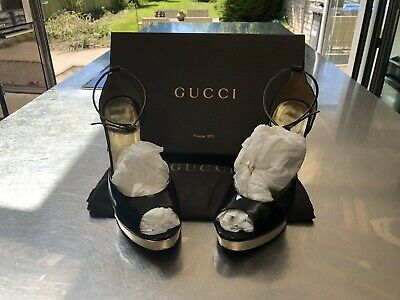 Women's Vintage Gucci Shoes Size 3.5