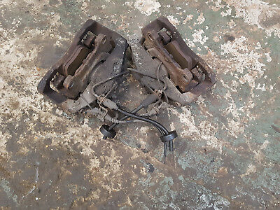 Audi Allroad 2.5 TDi Quattro A6 - PAIR OF FRONT BRAKE CALIPERS/CARRIERS