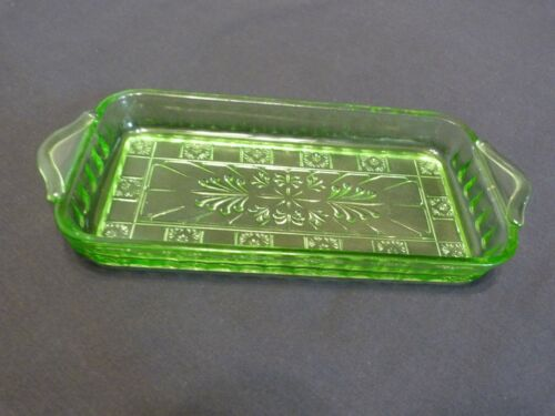 Vintage Depression Glass Green Doric 4x8 Relish Tray