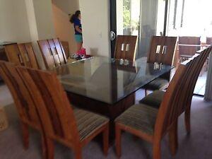 Dinner table Meadow Springs Mandurah Area Preview
