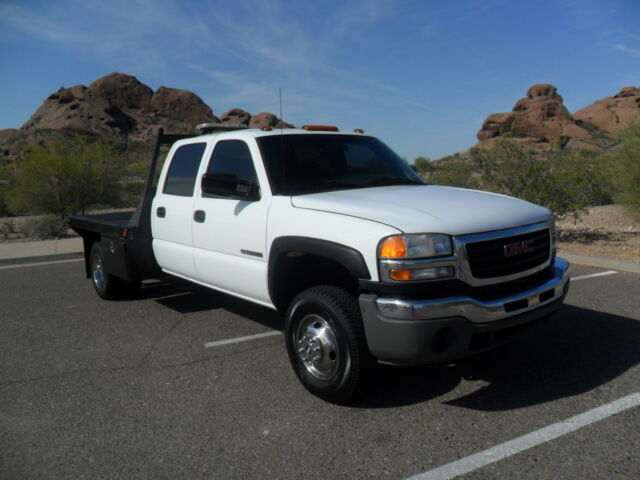 2007 gmc sierra 3500 crew cab 4x4 vortec v8 flat bed dually one owner used gmc sierra. Black Bedroom Furniture Sets. Home Design Ideas