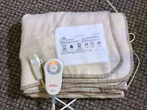 SUNBEAM Heated Blanket 4x5ft