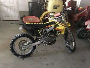 2011 Suzuki Rmz 250 low hours