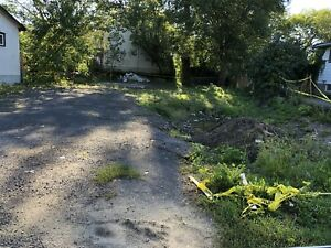 Beautiful prim lot in rockland, save $18000 on building permit