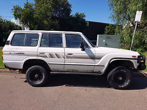 TOYOTA LANDCRUISER 60 SERIES Gateshead Lake Macquarie Area Preview