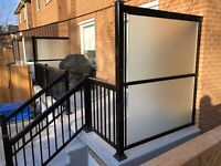 Aluminum railing or stainless with glass for deck porch balcony