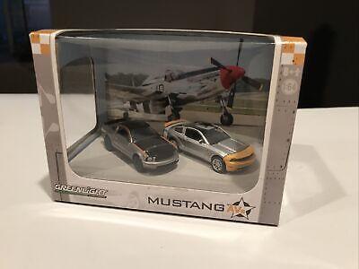 Greenlight Green Machines Chase Mustangs AVs Diorama