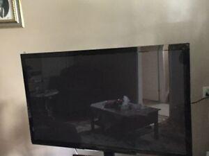 ~~Panasonic plasma tv~~like new ~~ $149.98$OBO~~