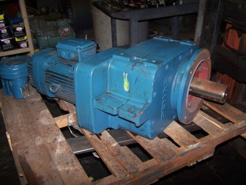 DEMAG 5.6 HP AC ELECTRIC GEARMOTOR 240/480 VAC TYPE KBA  11 RPM OUTPUT 112B4