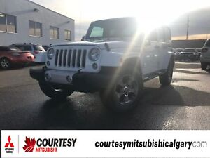 2017 Jeep WRANGLER UNLIMITED SAHARA *4WD, REMOTE STARTER, AND NA