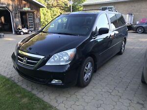 Honda Odyssey Touring 2006