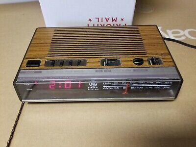 Vintage GE Faux Wood Alarm Clock Radio, Model PB7-4624B, Tested Working