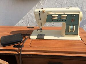 Sewing Machine Singer electrical, working condition, rarely used