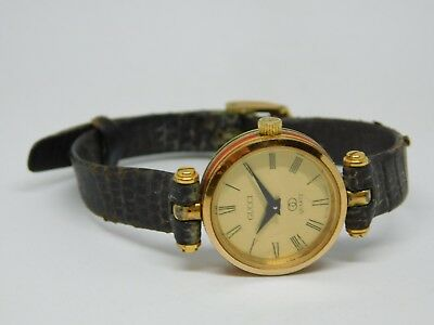 0d4049c7e89 Vintage Ladies Red Green Authentic Gucci Watch Gold Dial Roman Numeral  Untested